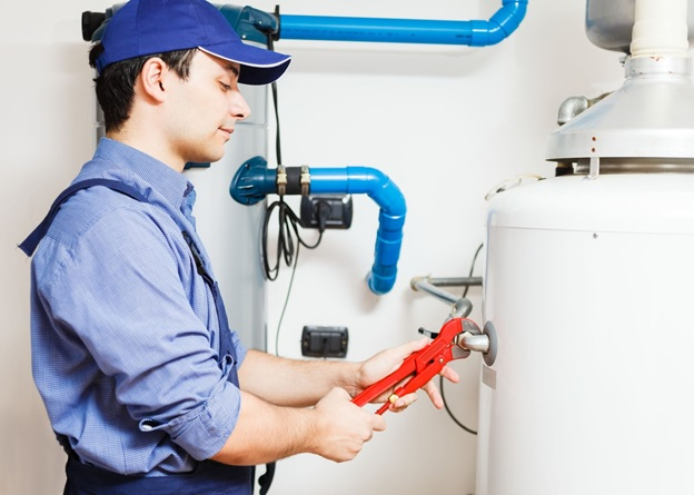 professional repairing hot water tank