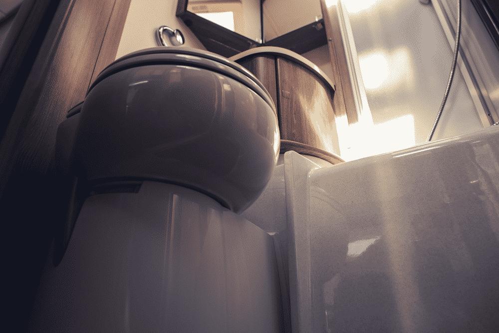 RV-Camper-Bathroom-Clean