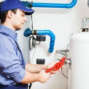 professional repairing hot water tank